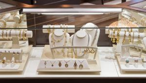 Dominion Jewelers showcase display