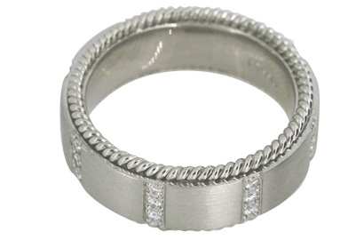Gent's Platinum and Diamond Band