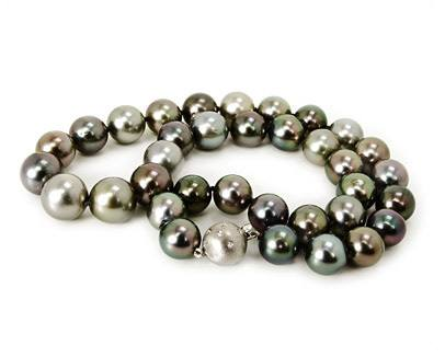 Mixed Hue Pearl Strand