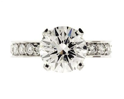 Round Brilliant Solitaire with Pave Band